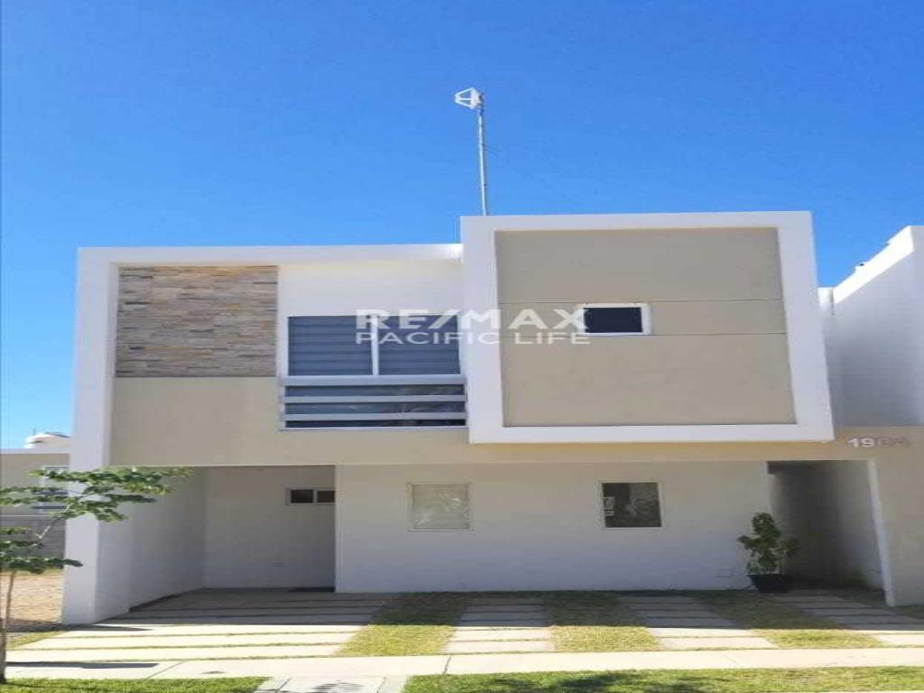 Casa en renta en Fraccionamiento Almar