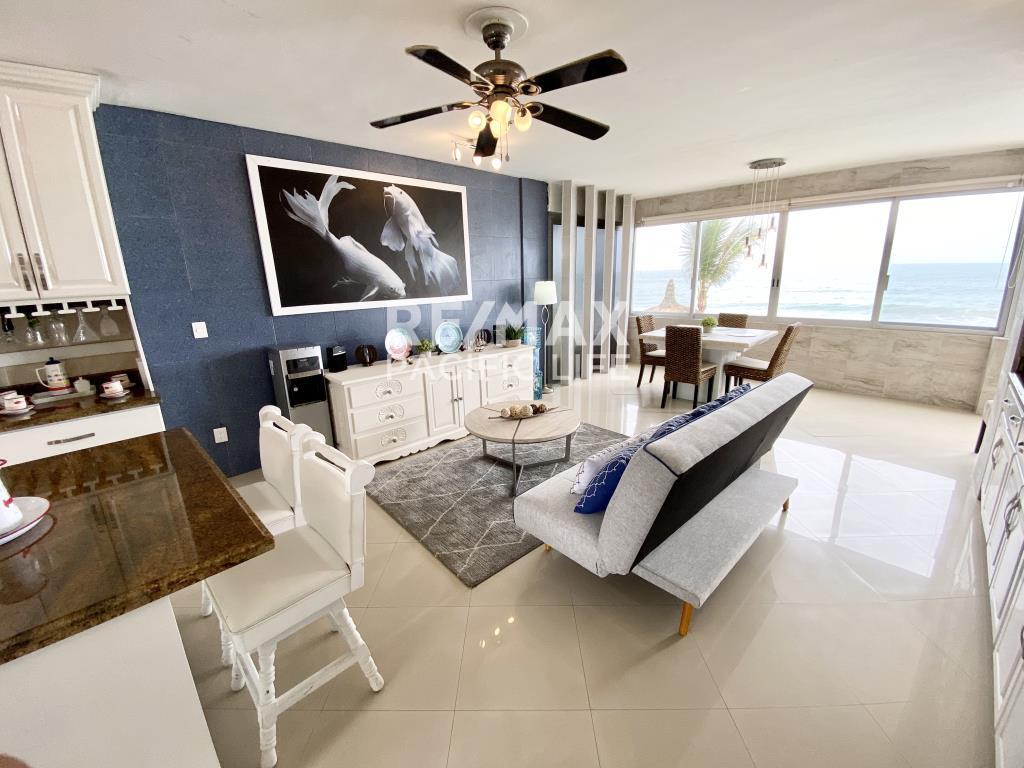 Condominio en la playa en Venta en El Delfin